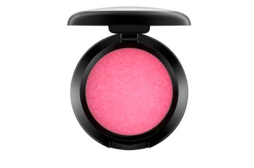 nostalgic beauty buys mac powder blush